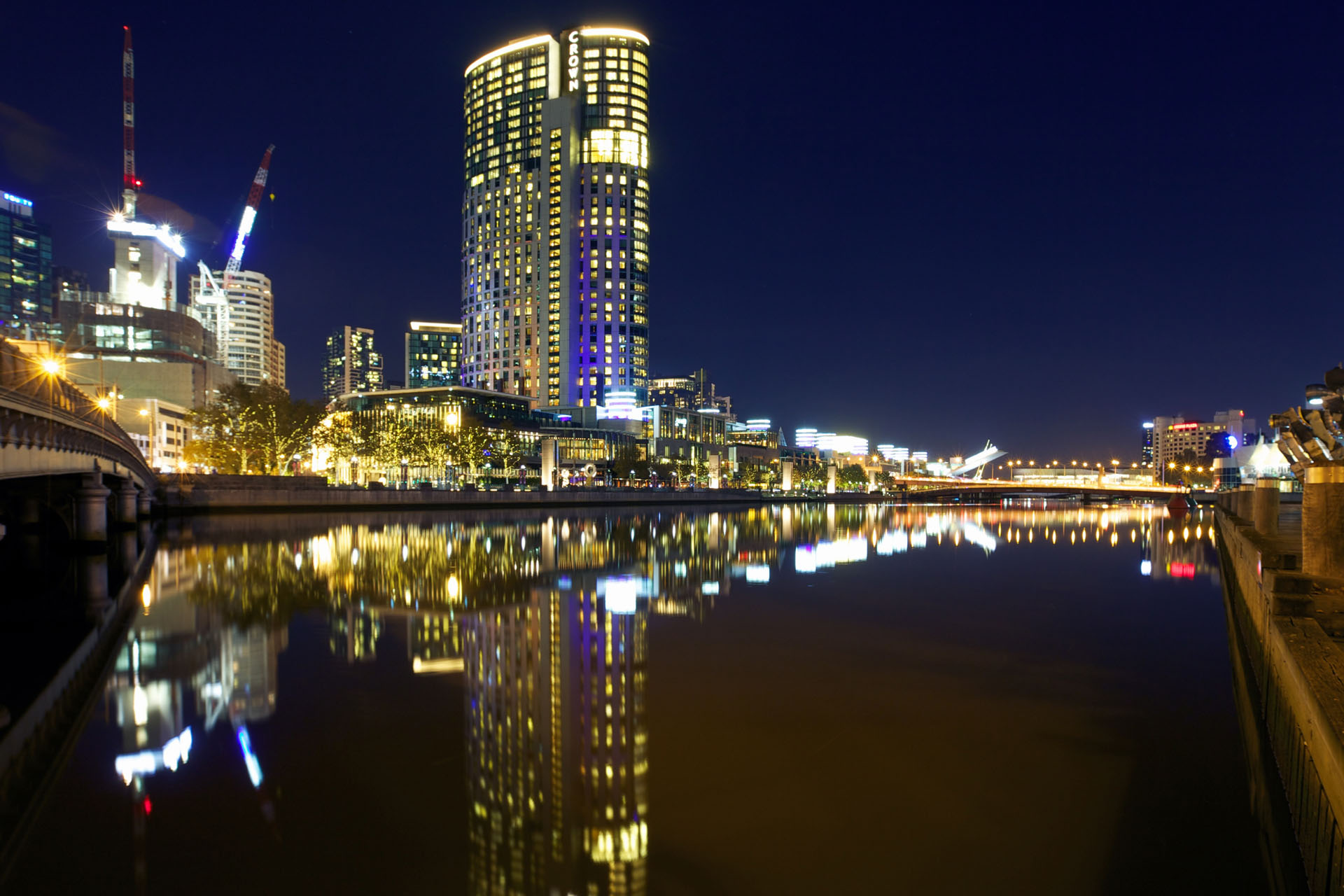 Crown casino melbourne smell